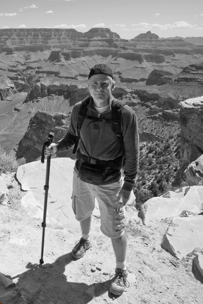 Grand%20Canyon%20S%20kaibab%20Trail51%20crop%20b-w.jpg