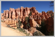 Bryce Canyon - Queens Garden Trail Hike05.JPG